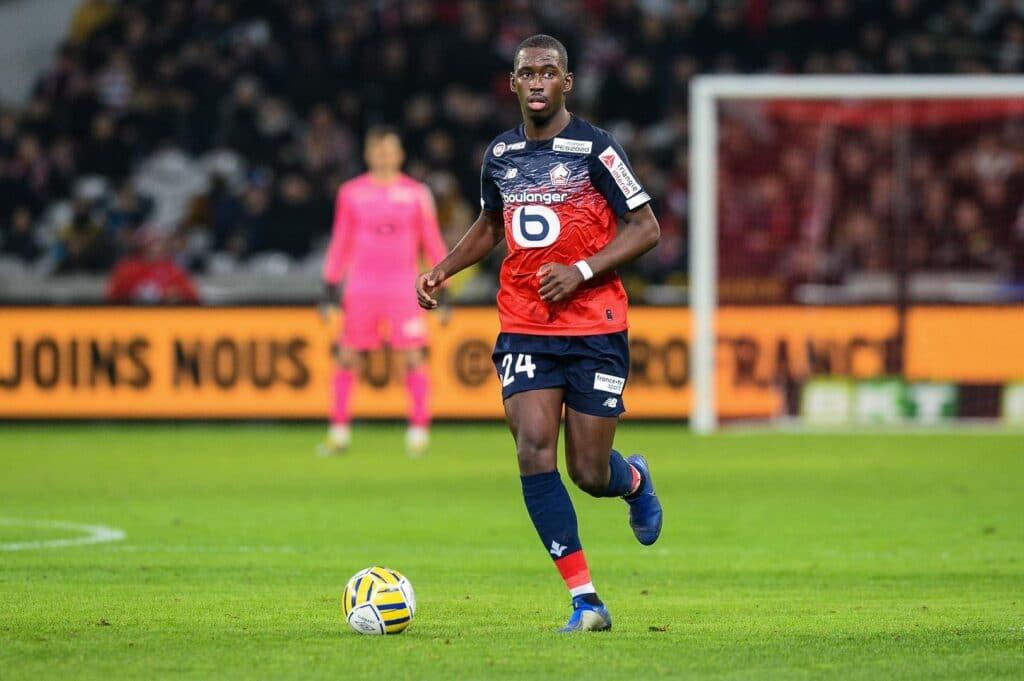 Football Lille - LOSC : Soumaré siffle la fin du clash avec Lille - Foot 01
